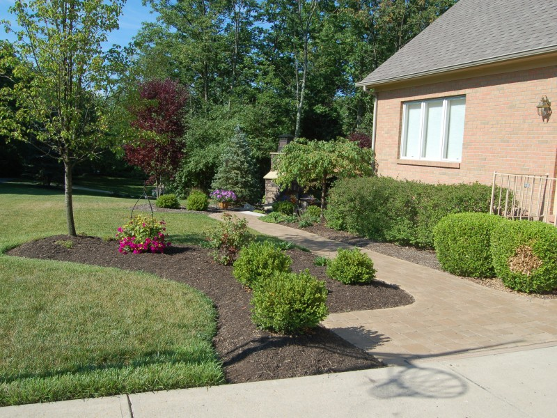 Residential Flower Bed & Walkway