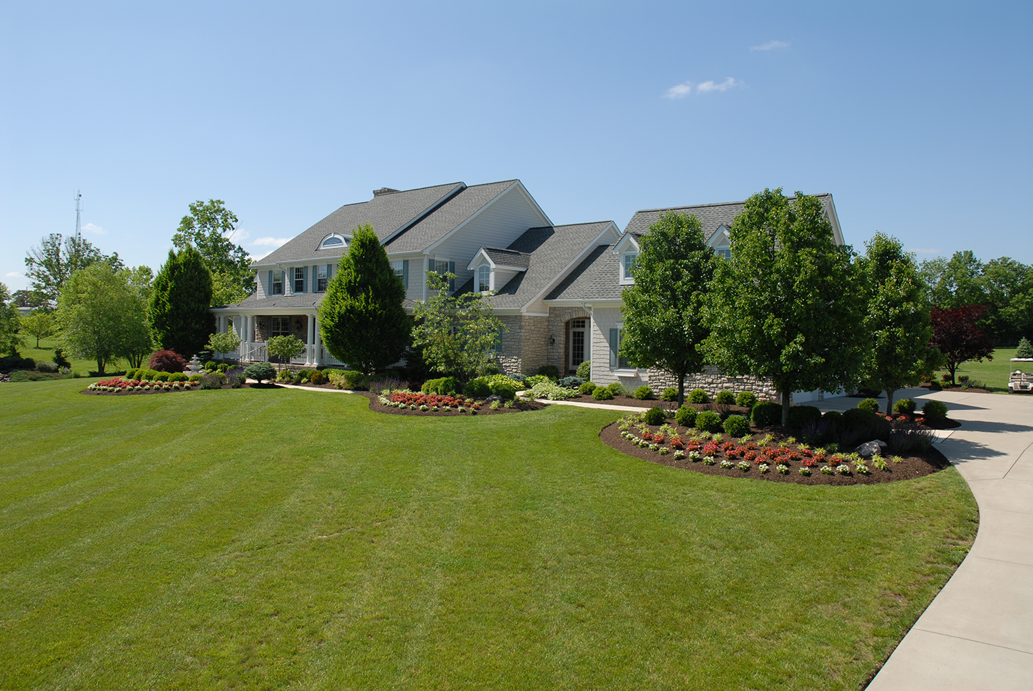 Commercial properties tinkerturf for Commercial lawn maintenance