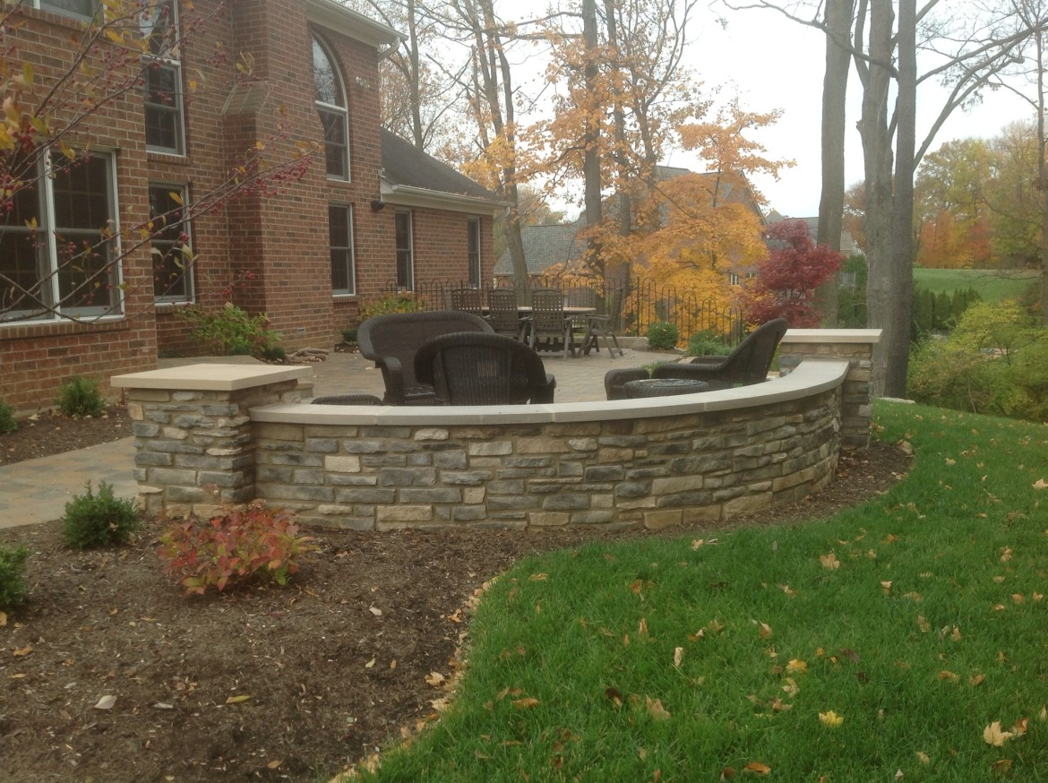 Superieur Stone Seating Wall U0026 Patio